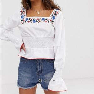 PrettyLittleThing Blouse Square Neck & Embroidery